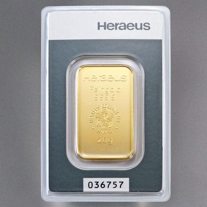 Heraeus 20 gram 999 goud in blister - met certificaat en serienummer  20 g goud bar Heraeus - 999.9 fijn goud - investeringen gold bullion - munt-vers nieuw item.20 g gold bars uit de Duitse fabrikant Heraeus.De balken zijn in een verzegelde blisterverpakkingmet certificaat. In deze verpakking zijn de balken bewaard inperfecte staat. LBMA gecertificeerde.Gewicht: 20.00 gZuiverheid: 999.9Fijne gewicht: 20.00 gNominale waarde: geenAfmetingen: 40.4 x 23.3 x 1.3 mmVoorwaarde: Vers…