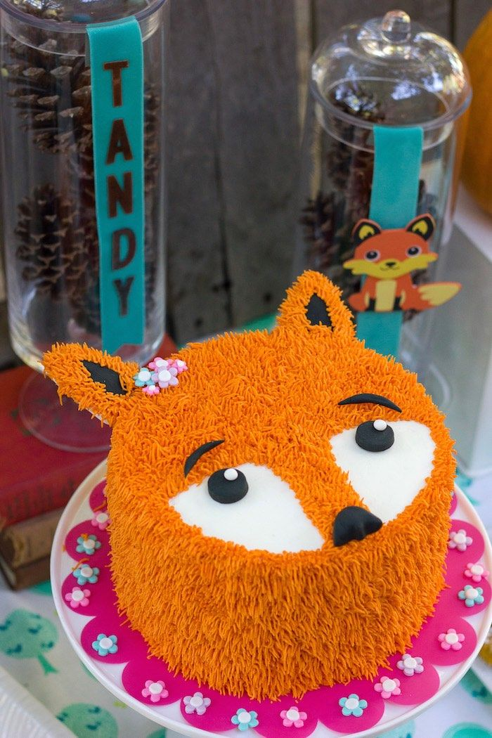 Fox cake from a Crafty Like a Fox Birthday Party on Kara's Party Ideas | KarasPartyIdeas.com (7)