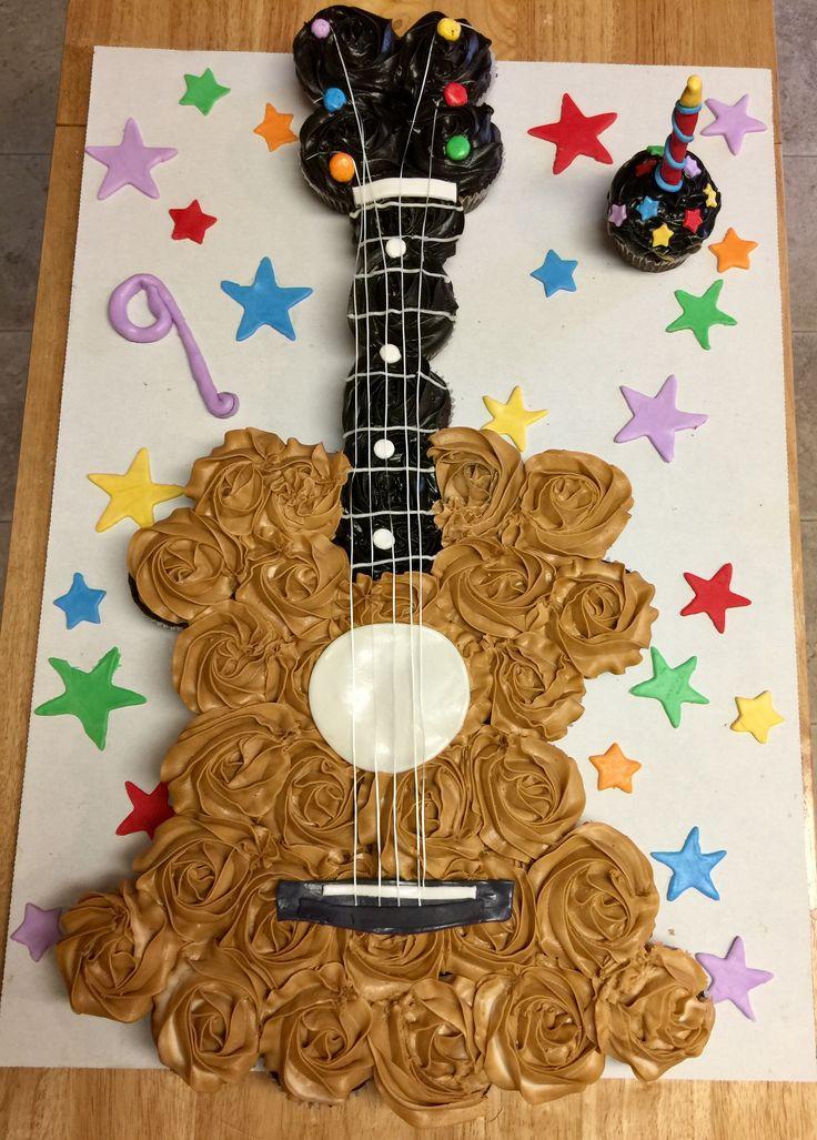 Guitar pull apart cupcake cake