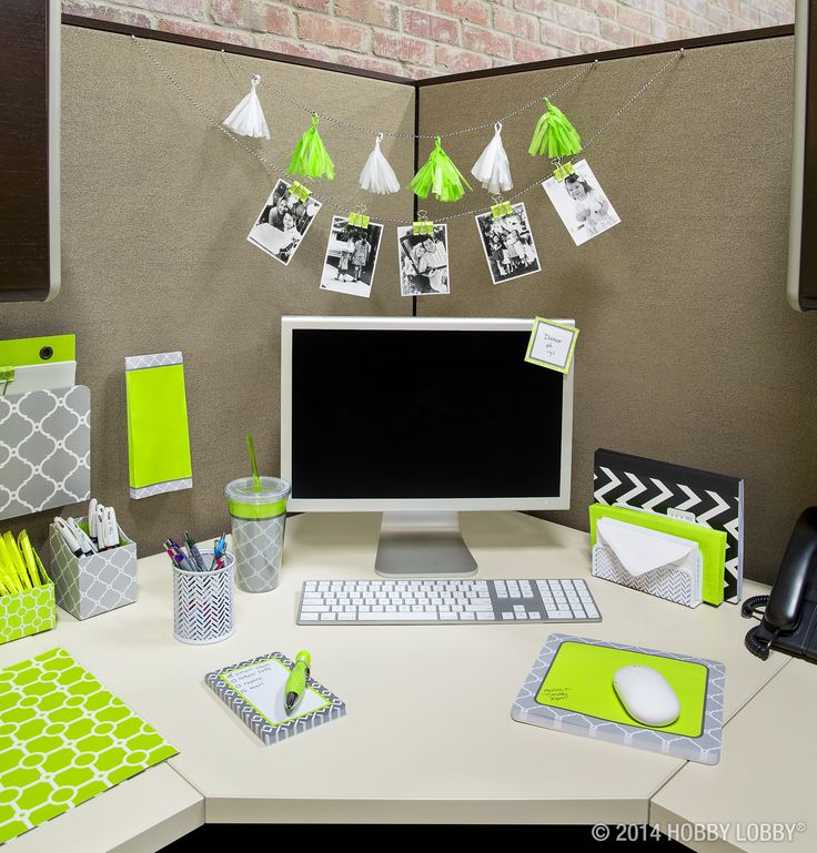 Brighten up your cubicle with stylish office accessories Office desk decoration ideas