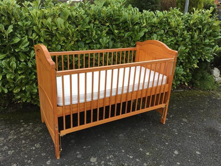 Mothercare Hampshire Cot Bed