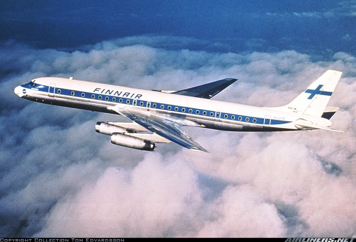 Finnair Douglas DC-8-62CF OH-LFR in flight over California around the time of its delivery, January 1969. (Photo: Finnair / Tom Edvardsson Collection)