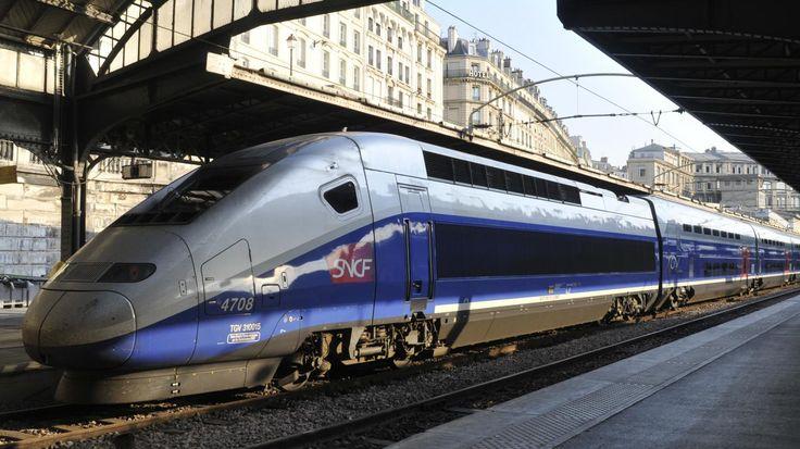Les TGV ont fait leur apparition dans nos vies en 1981. Avec eux, la distance entre les grandes villes est devenue anecdotique. Voyage dans le temps.