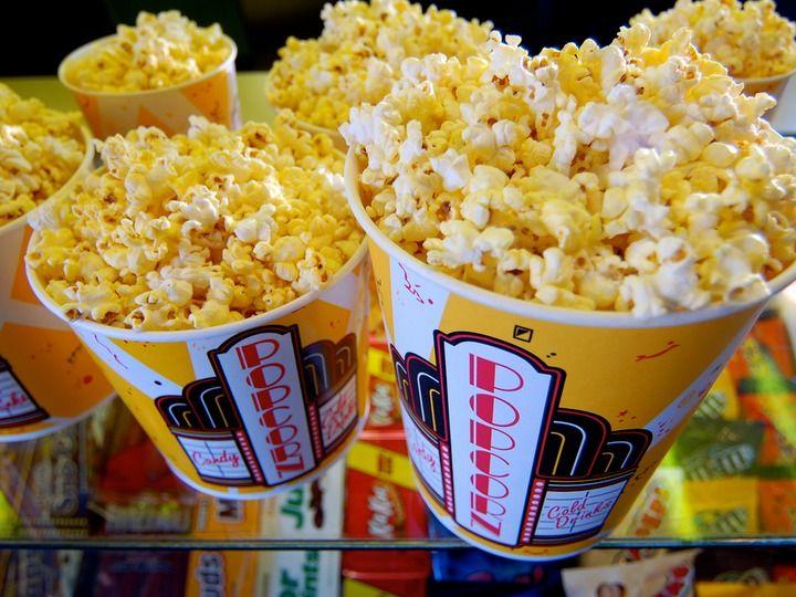 アベンジャーズ 大ヒットのおかげ 米映画館チェーンでは 2日間で約