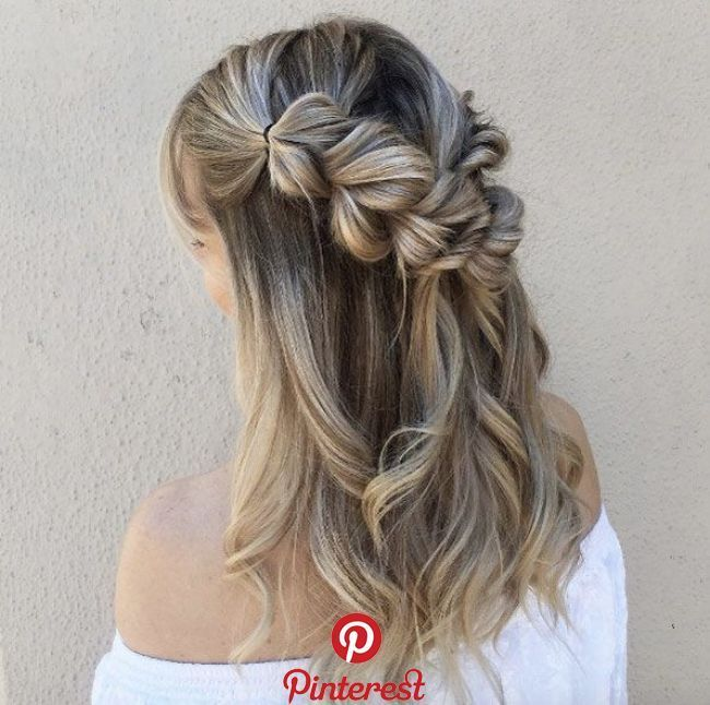 43 Easy Hairstyles For Vacation & The Beach   Pull-through and infinity. (Tessa