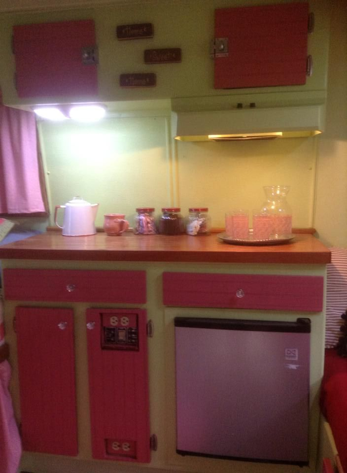 Light Pink Two Tone Boler Kitchen