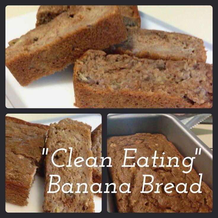 """""""Clean Eating"""" Banana Bread : compote de pommes non-sucré, bananes, farine blé entier, oeufs, miel, sel et baking soda.. that's it !"""