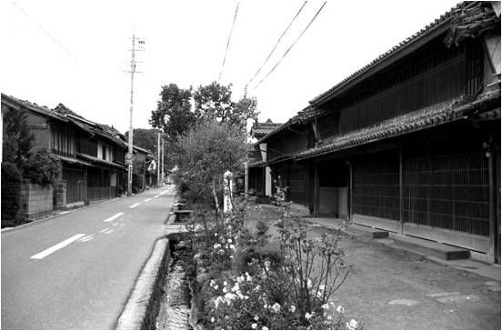 Issa's town. It was very similar to Sakuo's town where he grown up. Issa's is named Kashiwabara. Sakuo's is Kanbara.: Issa S Town, Things Japanese, Named Kashiwabara, Sakuo S Town