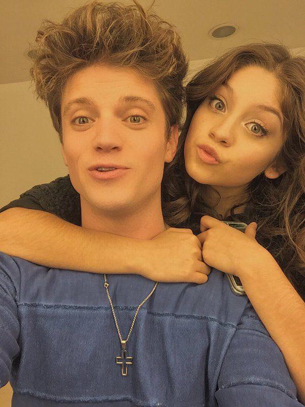 Lio y Karol, los mejores amigos
