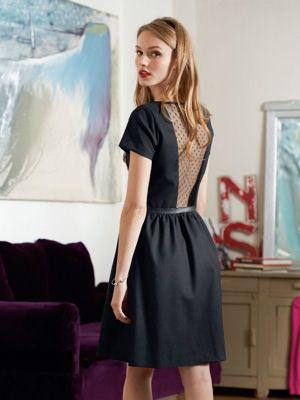 Robe dos plumetis de Mademoiselle R : La folie des petites robes noires ! - Journal des Femmes Mode