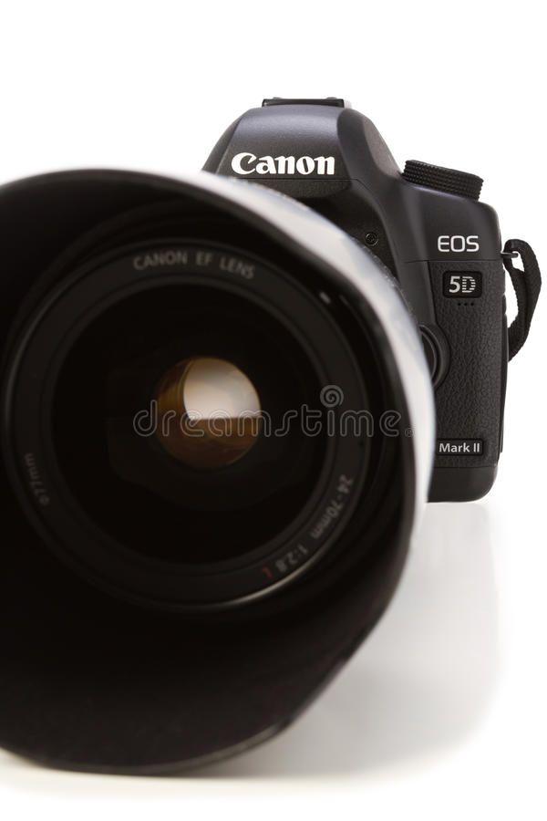 Canon 5d Markii Camera The Canon Eos 5d Mark Ii Is A 21 1 Megapixel Full Frame Ad Ii Mark Megapixel Markii Canon Canon Canon 5d Canon Ef Lenses