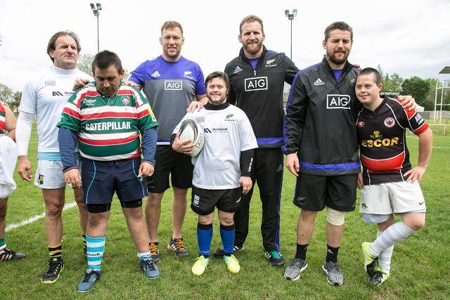 Organizado por Meridional Seguros, compañía parte del grupo AIG, tres miembros de los legendarios All Blacks brindaron una clínica de rugby...