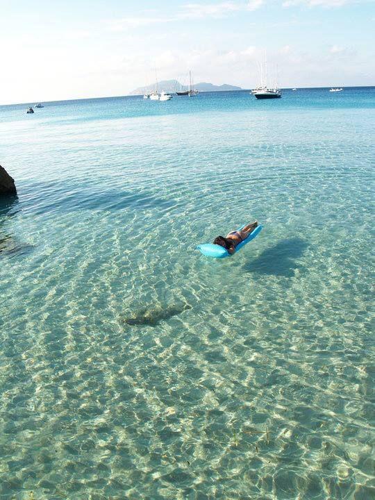 Favignana - Ilha paradisíaca na Sicília #paraiso #ilhas #praias