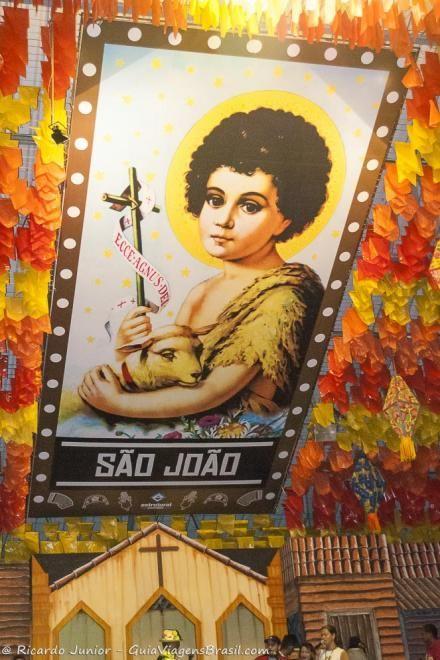 O Maior São João do Mundo fica em Campina Grande, na Paraíba. Conheça >>> http://www.guiaviagensbrasil.com/blog/sao-joao-campina-grande-paraiba/