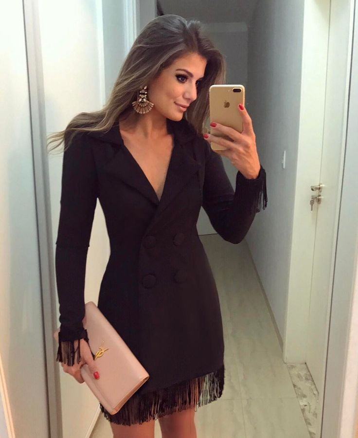 """11 mil curtidas, 79 comentários - Blog Trend Alert (@arianecanovas) no Instagram: """"Vestido @caroldiasbrand  Amando esse estilo de vestido com botões e carinha de alfaiataria! •…"""""""