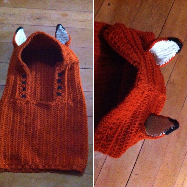 Cuello/gorro de zorro rojo. Tejido a crochet.
