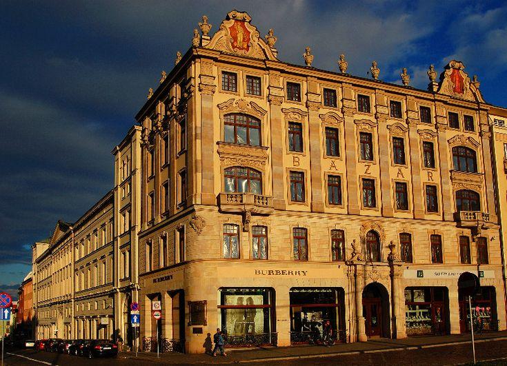 Poznan Poland, Hotel Bazar na rogu Al.Marcinkowskiego i ul.Paderewskiego [fot.romalek]