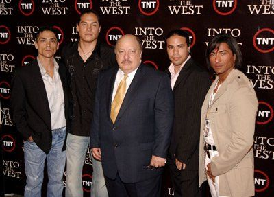 George Leach, William Mastrosimone, Zahn McClarnon, Eddie Spears and Jay Tavare at event of Into the West