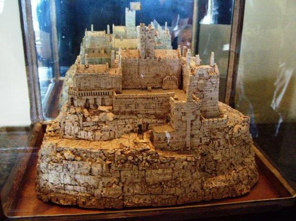 wine-cork-castle