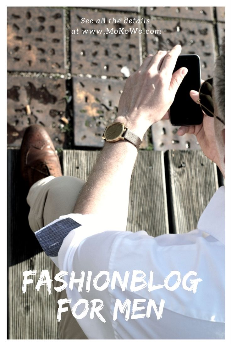 Casual Business Outfit Look with golden komono watch for men. White Gant Shirt, light trousers and brown shoes.  Toller Business Look, der dazu lässig und locker aussieht. Das ideale Outfit für den Mann für das Büro.. Mehr auf unserem Modeblog für Männer.