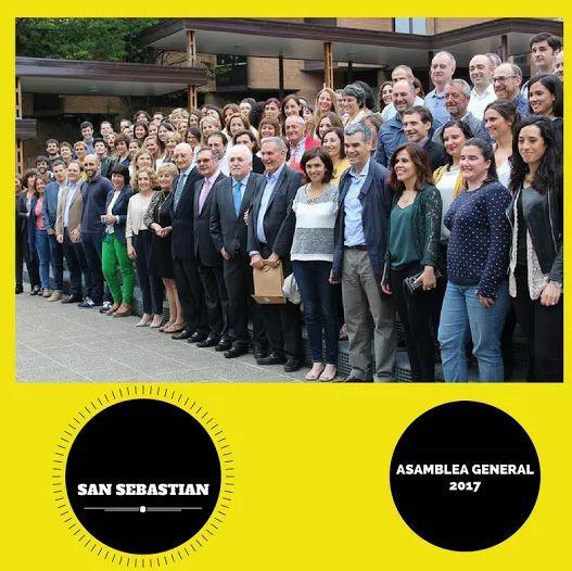 El viernes día 2 de junio, a las 18.00 horas, se celebró en el Loyola Centrum, del Campus de San Sebastián de Deusto Business School, la Asamblea General de Deusto Business Alumni - Alumni DBA. Un gran número de asistentes apoyó con su presencia la celebración de este acto, un reencuentro de los antiguos alumnos.