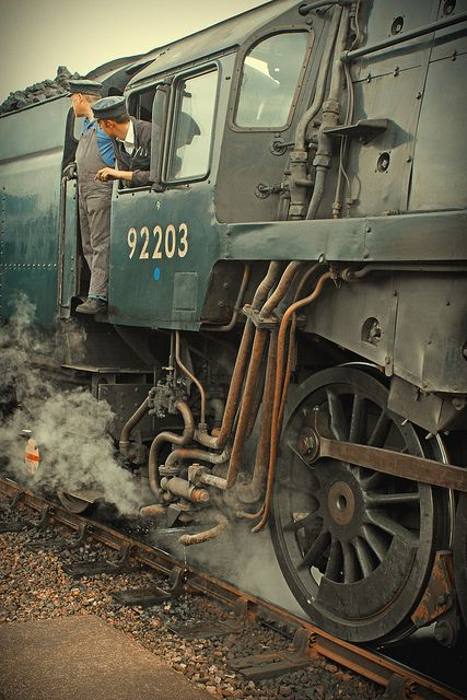 Waiting for green - The crew of British Railways Class 9F 2-10-0 steam locomotive number 92203 Black Prince await a signal - by Richard, via Flickr