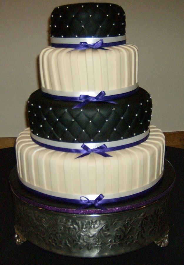 hexagon quilted black wedding cake | Wedding Cakes Ivory Quilt...