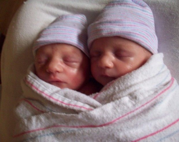 """Woman Writes Heartbreaking Letter to Twin Babies Who Were Aborted at 8 Months: """"We Failed You"""""""