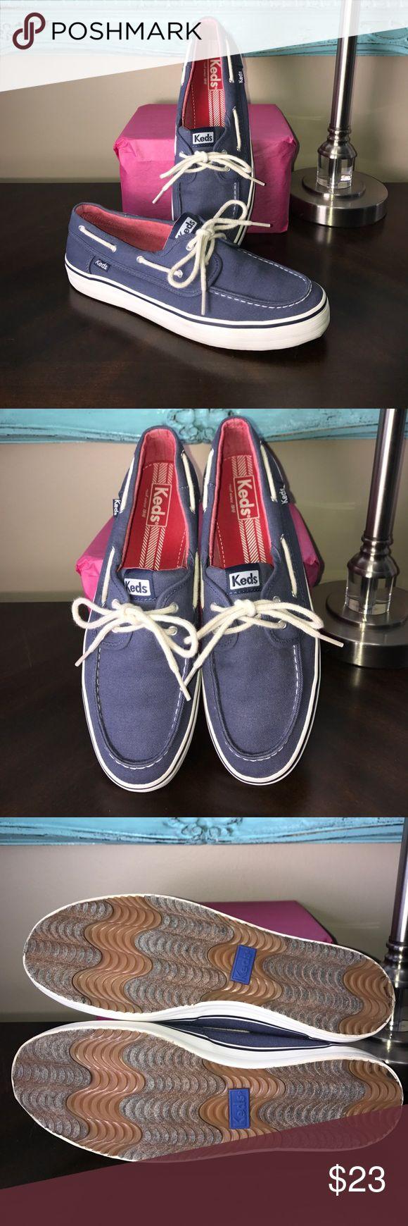 🎉EUC🎉 Navy Keds Boat Shoes 🎉❤️Like new❤️🎉 Worn once! Size 10 Keds Shoes