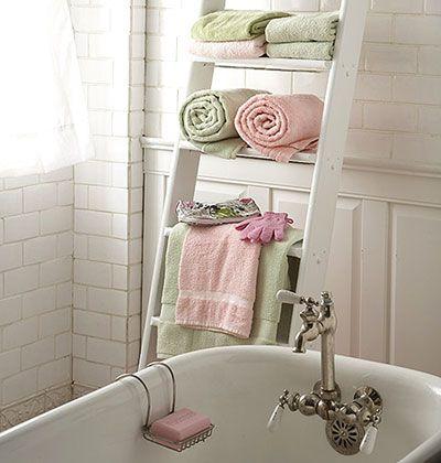 : Bathroom Design, Old Ladder, Small Bathroom, Ladders, Bathroom Storage, Towels Racks, Bathroom Ideas, Bathroom Decor, Ladder Shelves