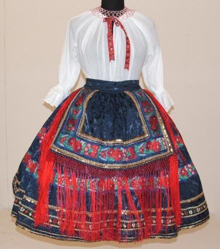 sárközi ruha