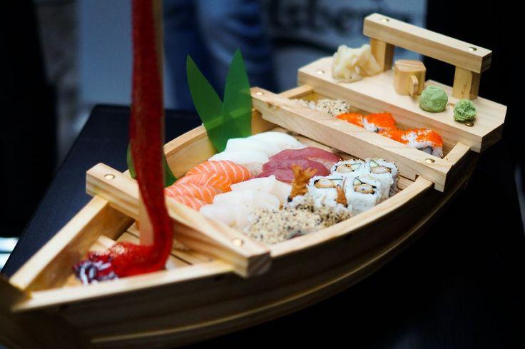 Luxury Adventure | Get the style & life you deserve!: Vă invit la Restaurantul Japonez Samurai!