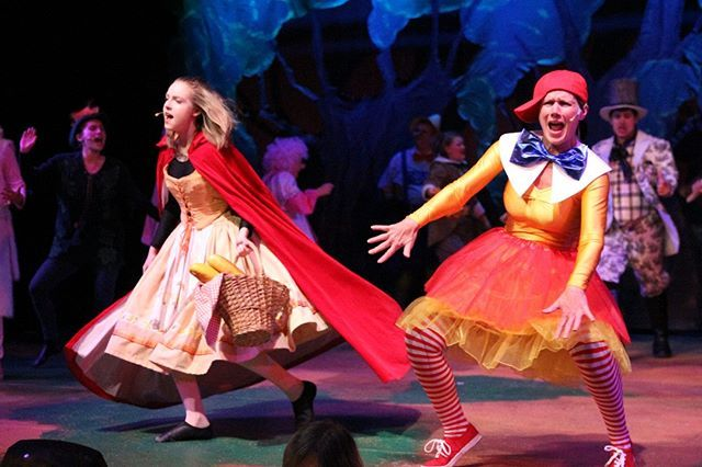 Shrek The Musical Opens Tomorrow At The Cottage Theater Packed With Cg Students Cottage Grove Theatre Musicals