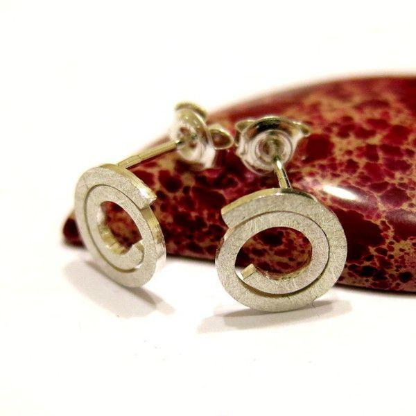 Earstud, snail, 10mm from ajjstudios by DaWanda.com