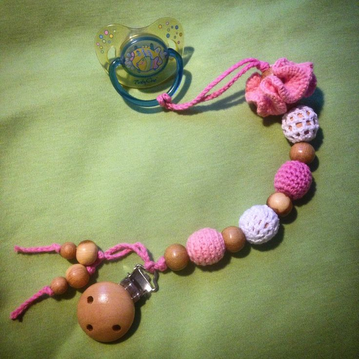 PINK organic baby pacifier clip / Dummy holder / Beads are safe for teething (11.00 USD) by Slingobusinki