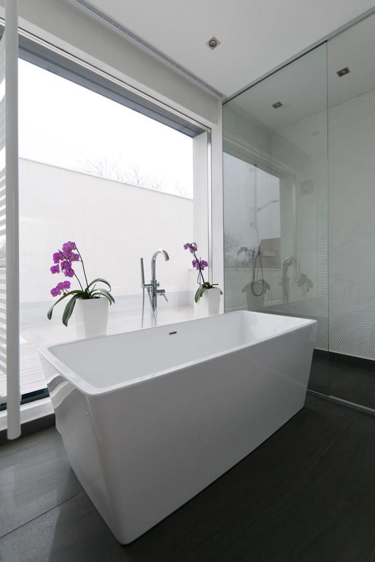 Interior/bathroom