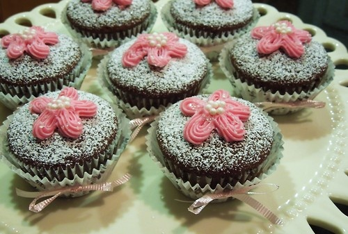 Anna olson, Cupcake recipes and Chocolate cupcakes on Pinterest