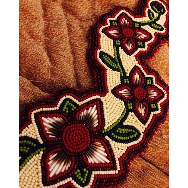 Native Beadworkers @indigenousbeaders #IndigenousBeader...Instagram photo | Websta (Webstagram)
