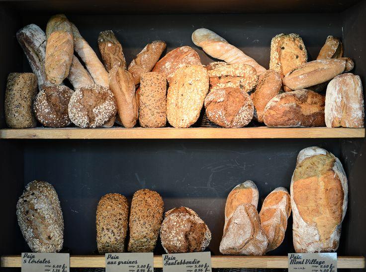 Le B d'Armand, c'est aussi une boulangerie avec des pains variés et frais.