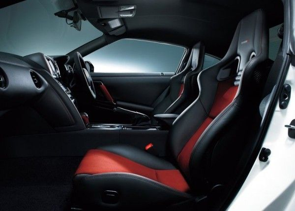 2015 Nissan GT R Nismo Interior Images 600x428 2015 Nissan GT R Nismo Release Dates