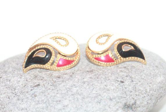 Vintage Desinger Jewelry, 1980s Avon Earrings, Red Black and White Enameled Earrings on Etsy, $8.97 CAD