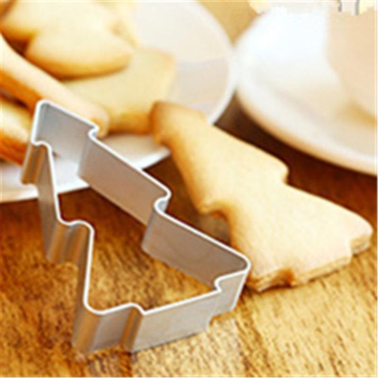 Christmas Tree Tools Aluminium Mold Cookie Cake Jelly Pastry Baking Cutter Tool #Unbranded