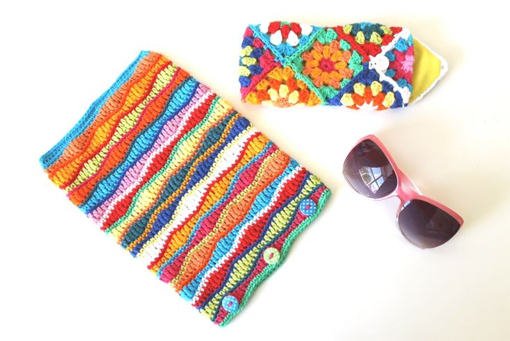 By Annaboo's House - Tablet Cover & Sunglasses Case using Rico Creative Cotton Aran - free pattern @ Black Sheep Wools: http://www.blacksheepwools.com/free-patterns