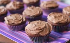 Quick chocolate cupcakes recipe, our latest egg challenge recipe, one real egg, one noegg egg