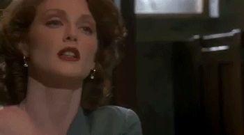 Julianne Moore to Madonna (Body of Evidence. Uli Edel, 1993).
