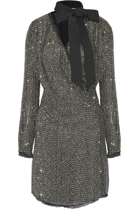 21 chic holiday cocktail dresses to wear to wear to all your holiday parties: