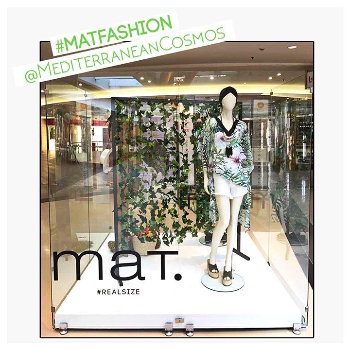 Shopping day στο @mediterraneancosmosofficial της αγαπημένης Θεσσαλονίκης... και τα βλέμματα πέφτουν στην εξωτική πινελιά της #matfashion σε κεντρικό σημείο!  Ανακάλυψε την τουνίκ με floral μοτίβα ➲ code: 671.7431 Ανακάλυψε το λευκό denim σορτς ➲ code: 673.2032 #ss17 #realsize #collection #MediterraneanCosmos #shopping #mat_cosmos #instafashion #thessaloniki