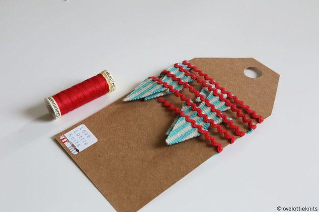 Mini Ric Rac knitted Bunting