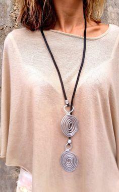 collana lariat, non pelle pizzo collana, collana lunga, collana, collana in argento, collana argento spirali, grande collana.
