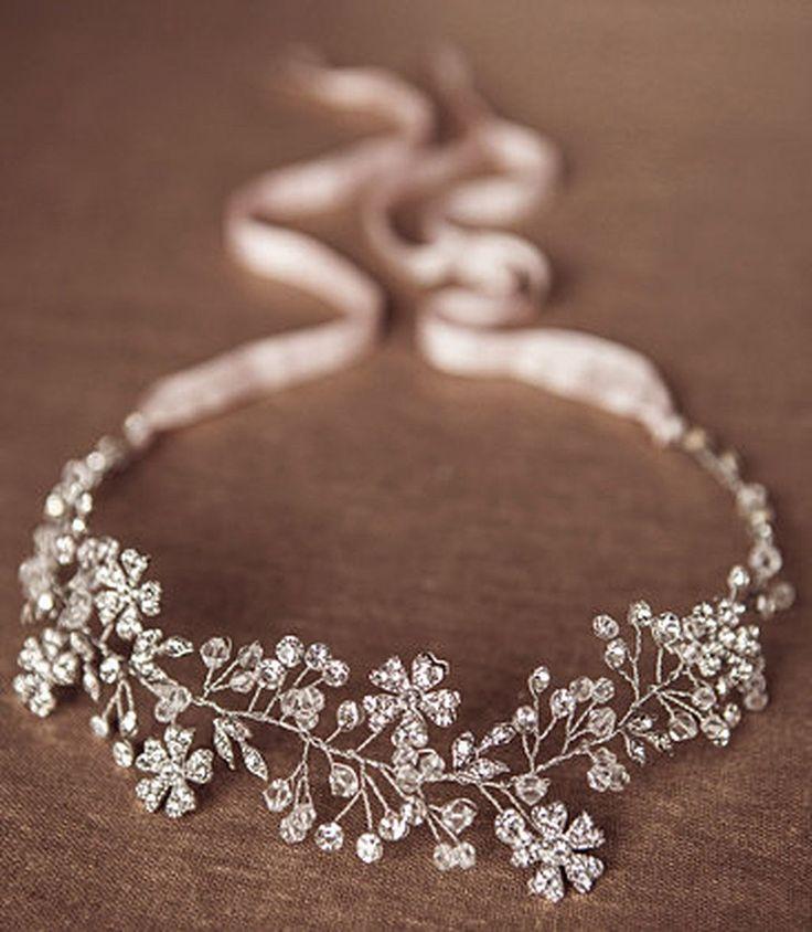Cool 90+ Beautiful Wedding Crown Inspiration https://weddmagz.com/90-beautiful-wedding-crown-inspiration/